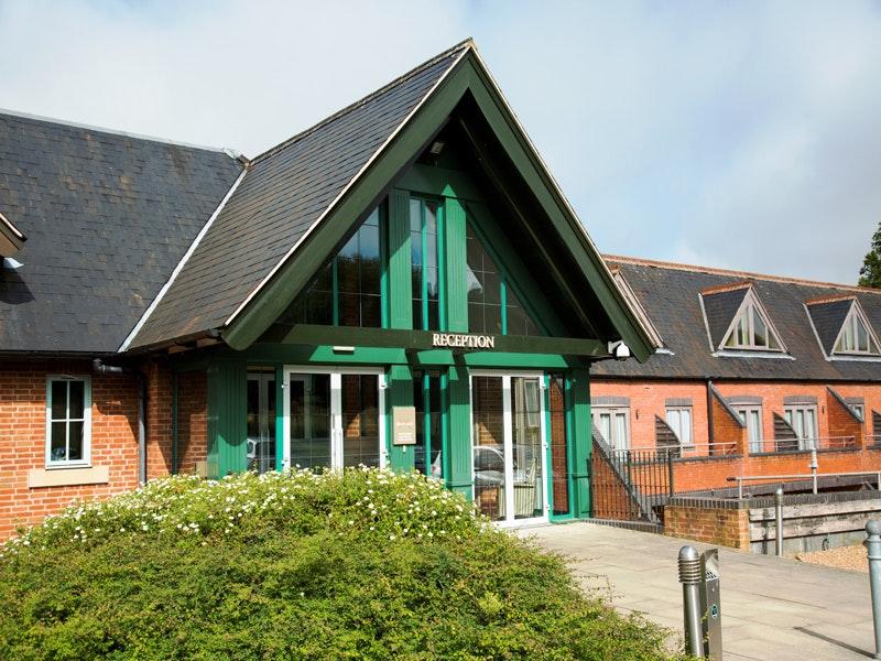 Mercure Warwickshire Walton Hall Spa