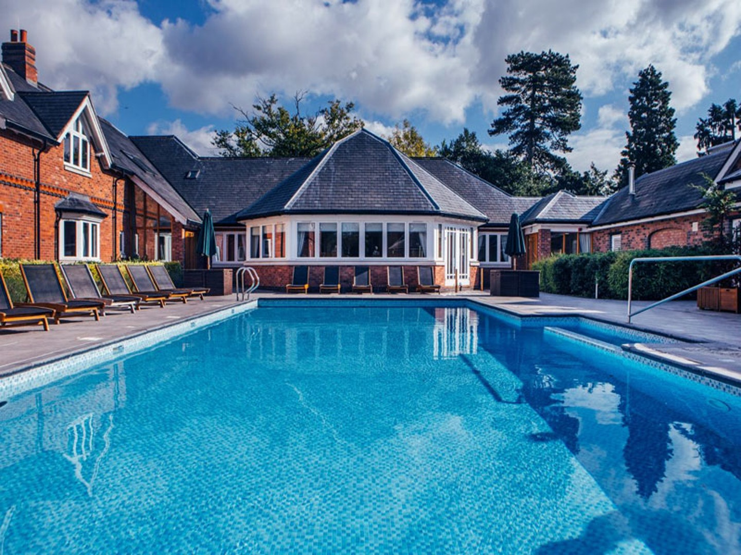 10 great UK spas with an outdoor pool or outdoor hot tub
