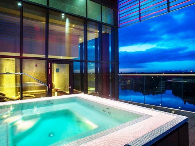 Genting Hotel Resorts World Jacuzzi