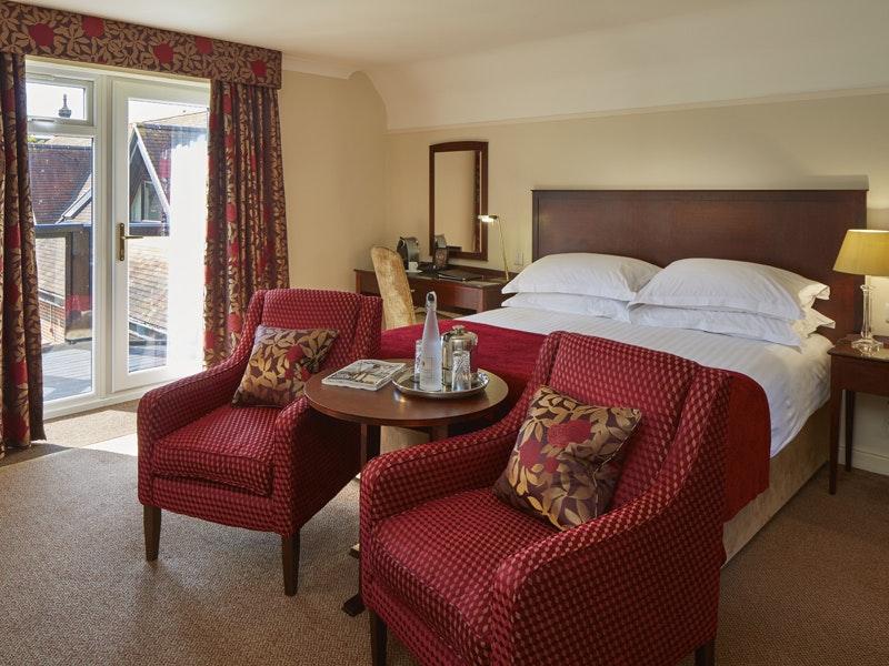 Macdonald Elmers Court Hotel & Resort