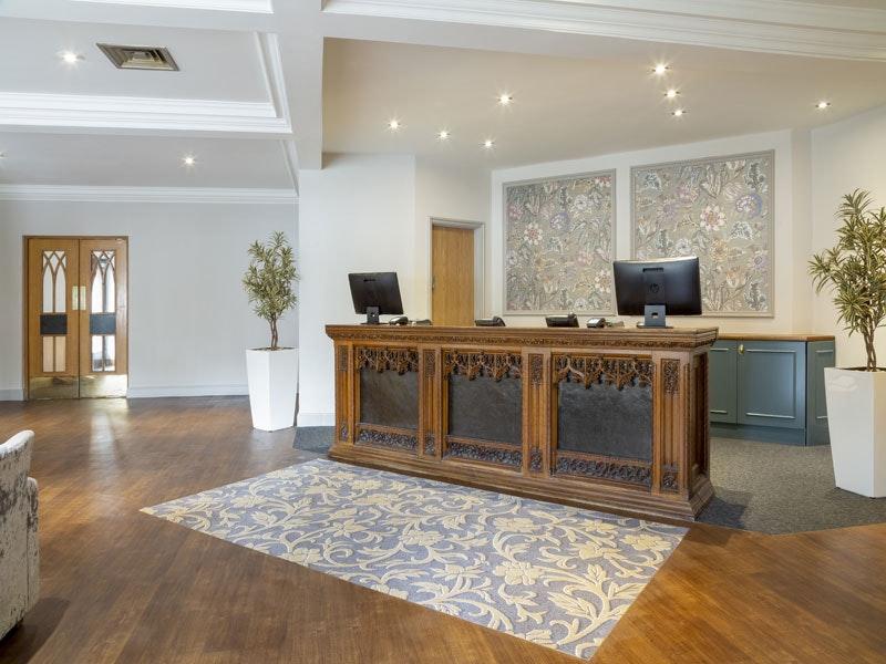 Bridgewood Manor Hotel
