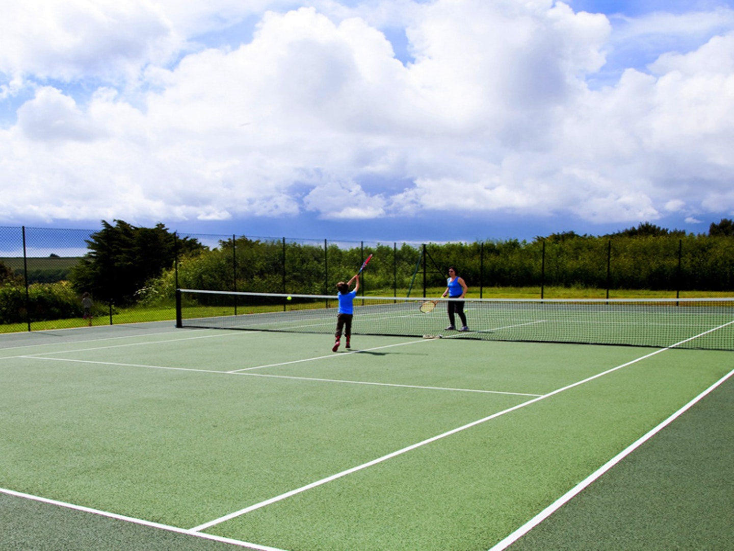 Luxury UK Spas with tennis courts