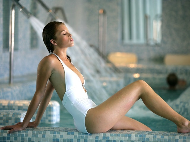 What to wear and take to a spa