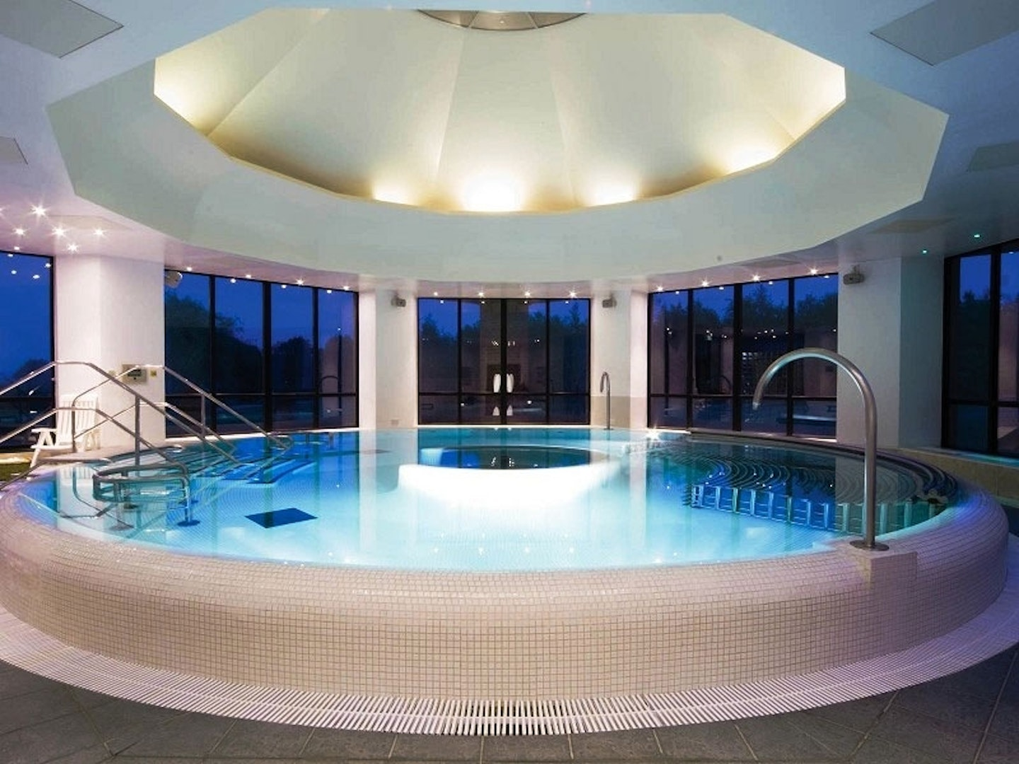 SpaSeekers •Spa Days and Breaks near Tamworth, Staffordshire